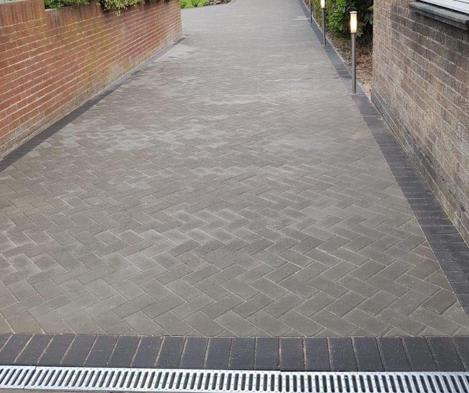 Charcoal-block-paving-northumberland