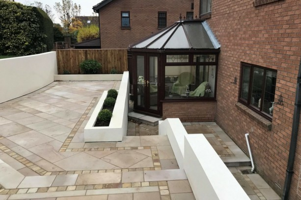 Sawn Versuro Cream Caramel Patio Paving Whickham