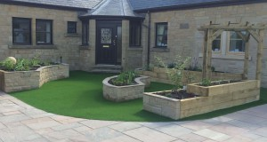 Paving Artificial Lawn, Wall & Planters