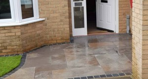 Stonemarket Copper Sawn Paving & Natural Turf