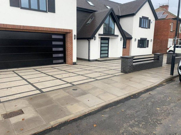 Beautiful Paving Installations For Driveways